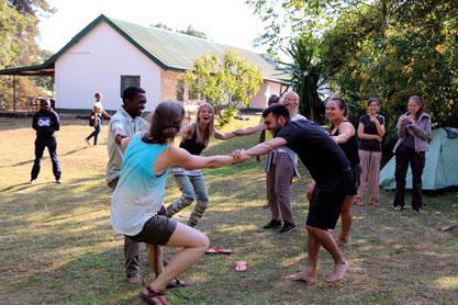 critical kitchen 2.0 - Trilaterale Jugendbegegnung im Dialog über globale Fairness auf dem Küchentisch
